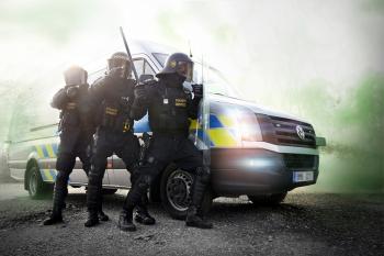 policisté pohotovostního a eskortního oddělení